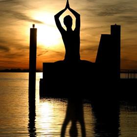 Monday : Yoga